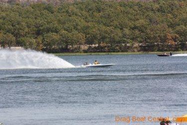 ohba-hot-boat-2011-105
