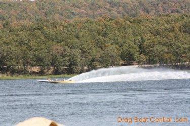ohba-hot-boat-2011-111