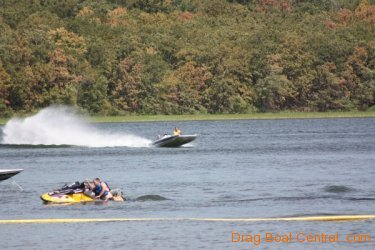 ohba-hot-boat-2011-113