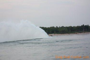 ohba-hot-boat-2011-13