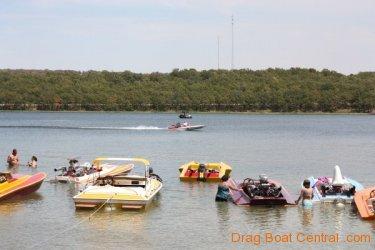 ohba-hot-boat-2011-153