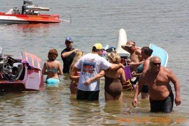 ohba-hot-boat-2011-165