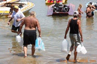 ohba-hot-boat-2011-167