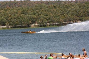 ohba-hot-boat-2011-174