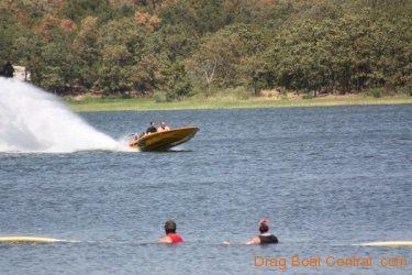 ohba-hot-boat-2011-181