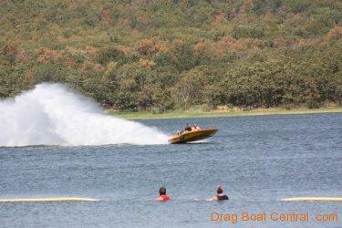 ohba-hot-boat-2011-182