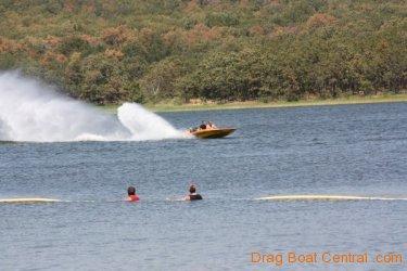 ohba-hot-boat-2011-183