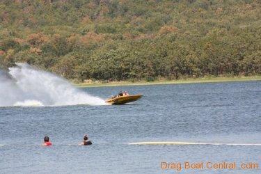 ohba-hot-boat-2011-184