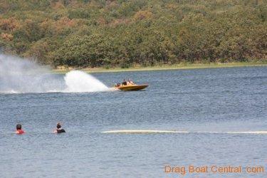 ohba-hot-boat-2011-185