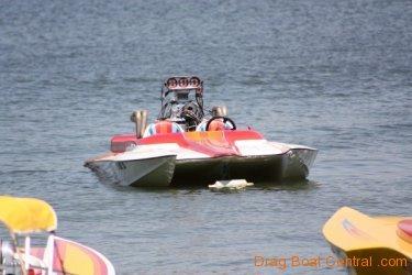 ohba-hot-boat-2011-192