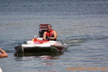 ohba-hot-boat-2011-194