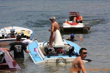 ohba-hot-boat-2011-195