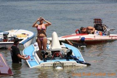 ohba-hot-boat-2011-198