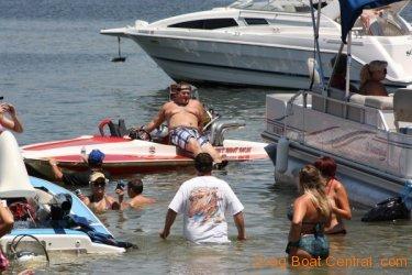 ohba-hot-boat-2011-200