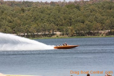 ohba-hot-boat-2011-205