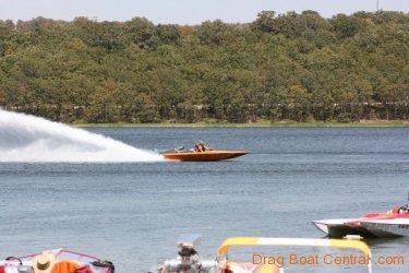 ohba-hot-boat-2011-206