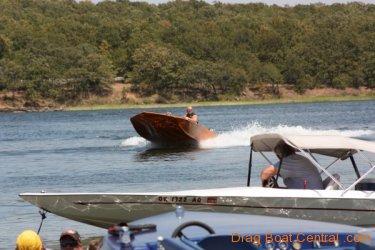 ohba-hot-boat-2011-208
