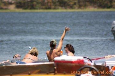 ohba-hot-boat-2011-215