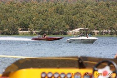 ohba-hot-boat-2011-249
