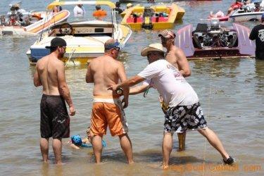 ohba-hot-boat-2011-269