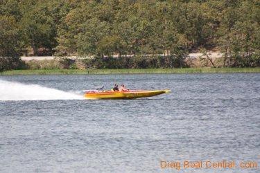 ohba-hot-boat-2011-296