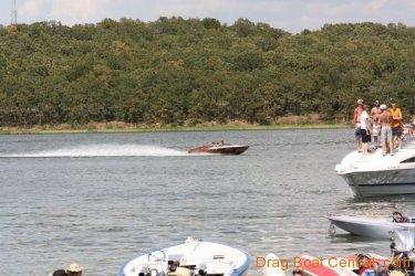 ohba-hot-boat-2011-302