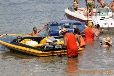 ohba-hot-boat-2011-305