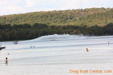 ohba-hot-boat-2011-308