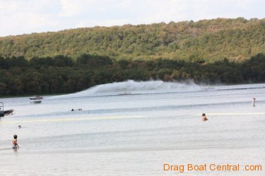 ohba-hot-boat-2011-308_0