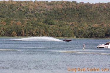 ohba-hot-boat-2011-45