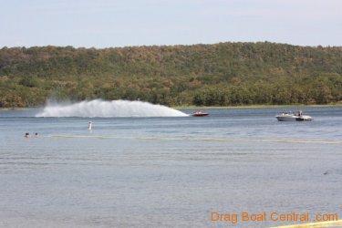 ohba-hot-boat-2011-56