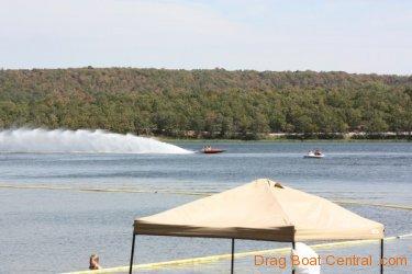 ohba-hot-boat-2011-57