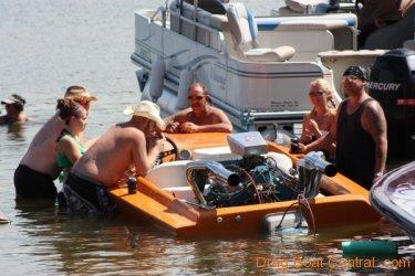 ohba-hot-boat-2011-75