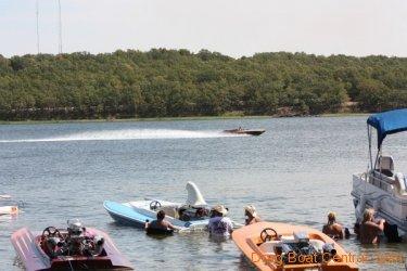 ohba-hot-boat-2011-98